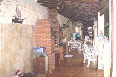 Sobrado em Itanhaém, no bairro Suarão