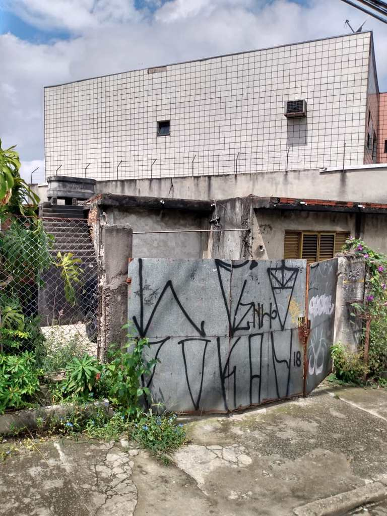 Prédio Comercial em São Paulo, no bairro Itaquera