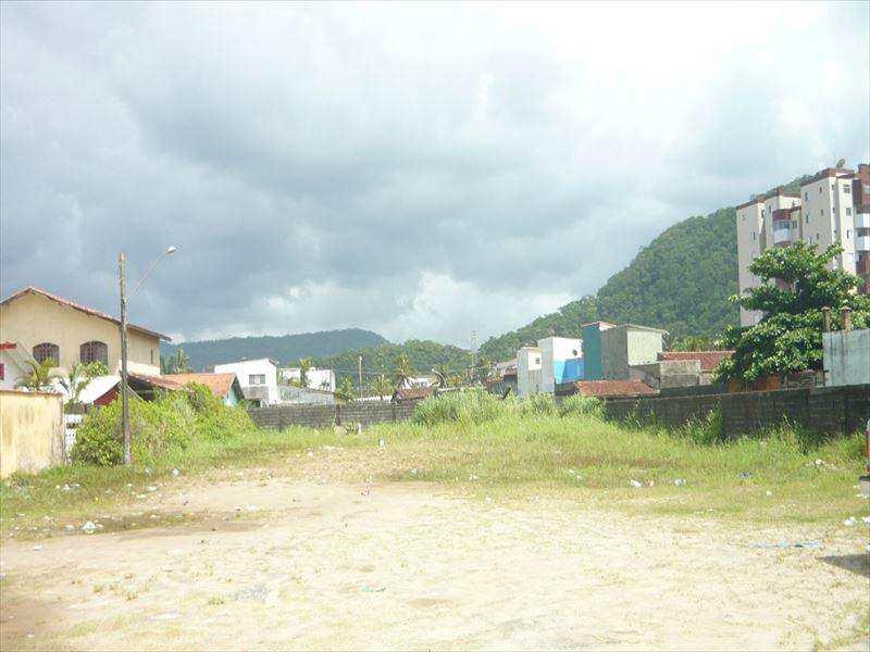 Terreno em Mongaguá, no bairro Vila Vera Cruz