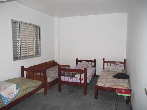 Apartamento, código 4689 em Itanhaém, bairro Centro