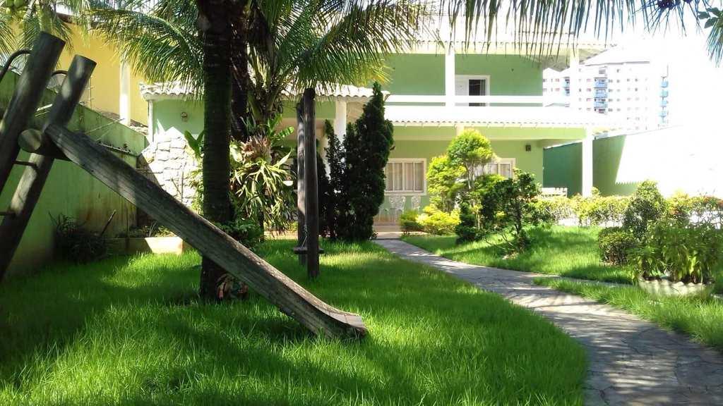 Casa em Itanhaém, no bairro Praia dos Sonhos