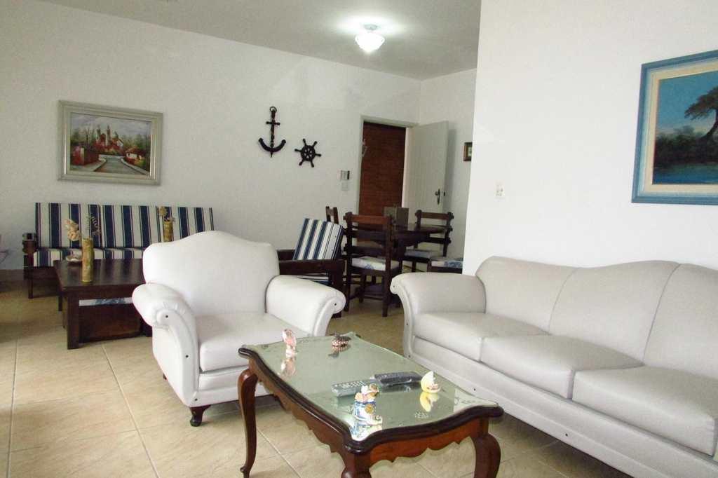 Casa em Itanhaém, no bairro Cibratel I