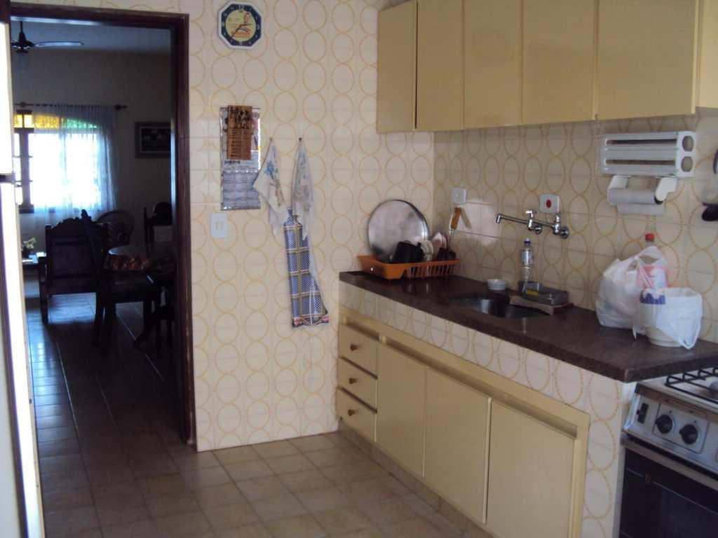 Casa em Itanhaém, no bairro Suarão