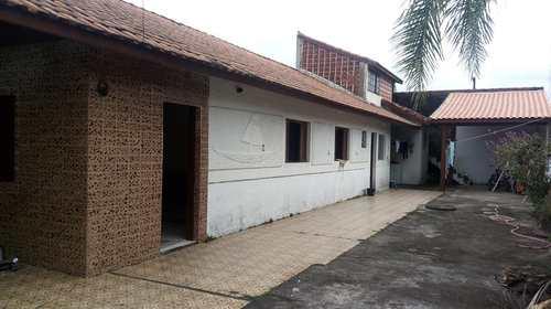 Casa, código 5036 em Itanhaém, bairro Jardim Bopiranga
