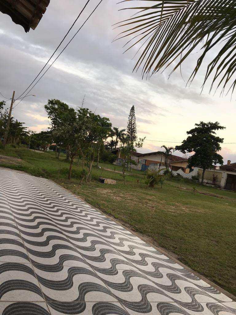 Casa em Itanhaém, no bairro Balneário Jequitibá