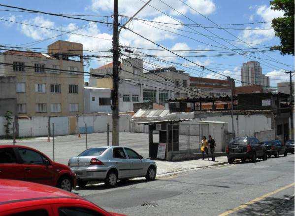 Terreno Comercial em São Paulo, no bairro Vila Azevedo