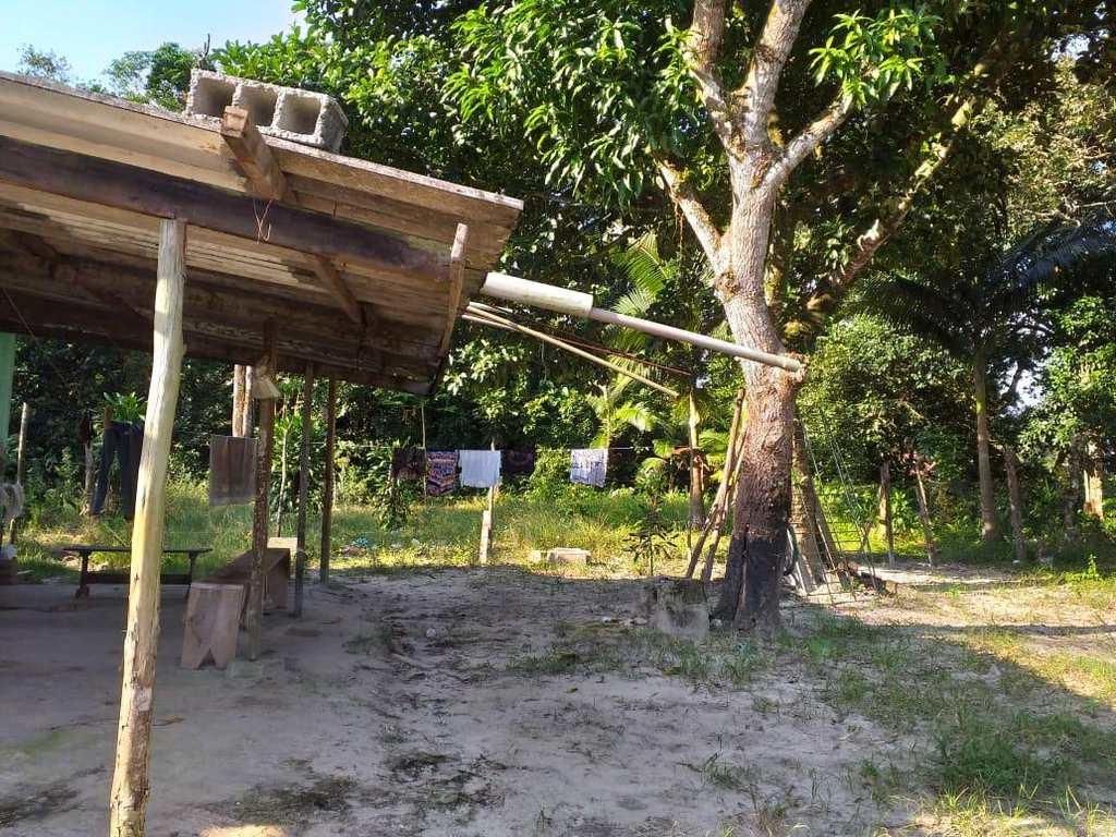 Casa em Itanhaém, no bairro Jardim Coronel