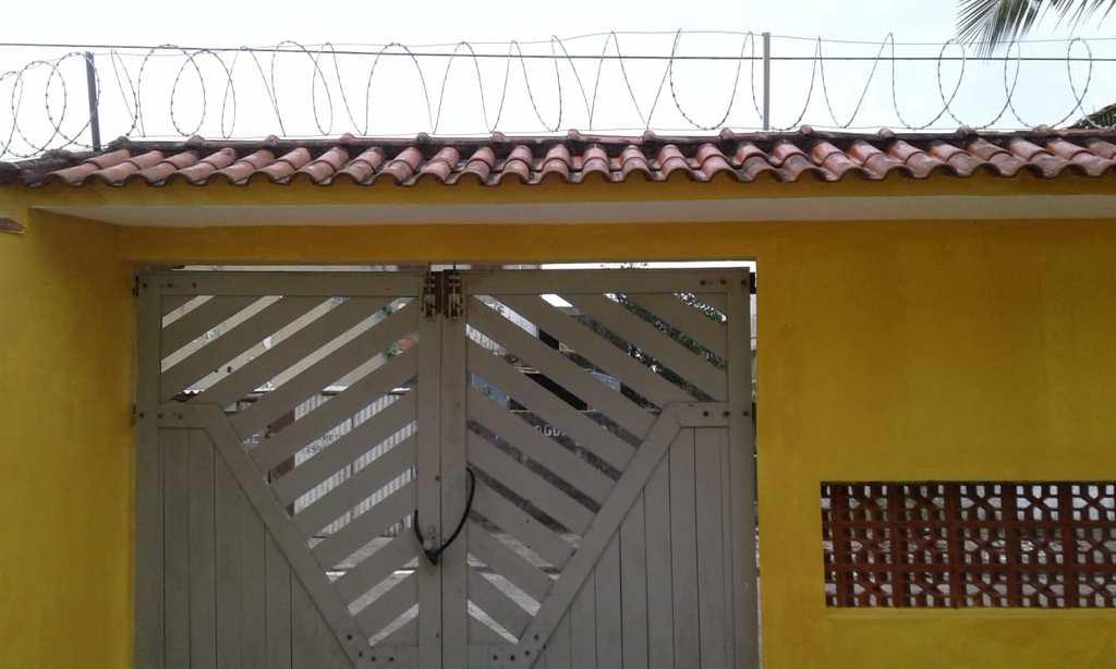 Sobrado em Itanhaém, no bairro Campos Elíseos