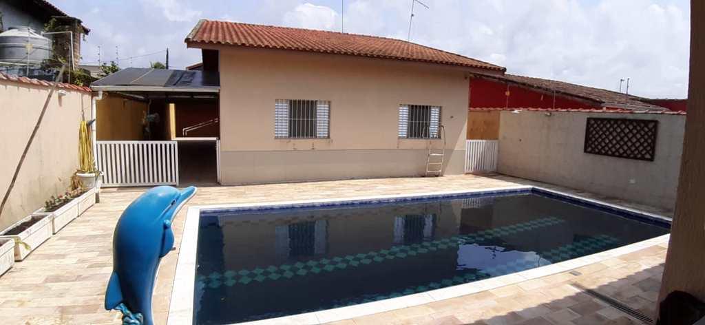 Casa em Itanhaém, no bairro Jardim Grandesp