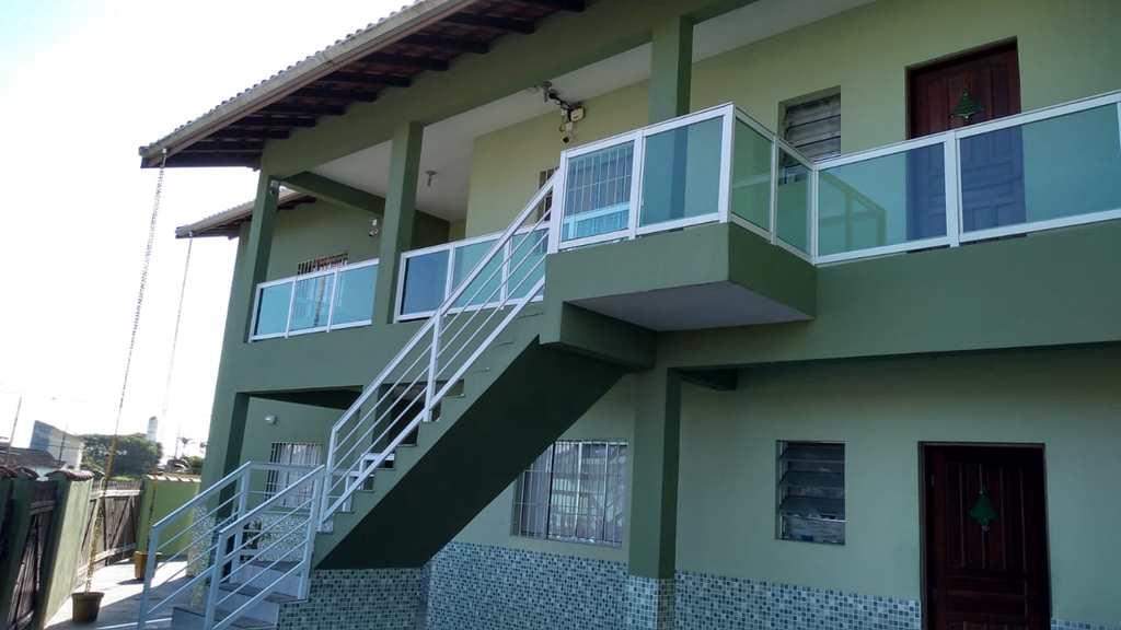Prédio Residencial em Itanhaém, no bairro Savoy I
