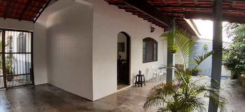 Casa, código 5542 em Itanhaém, bairro Jardim Suarão