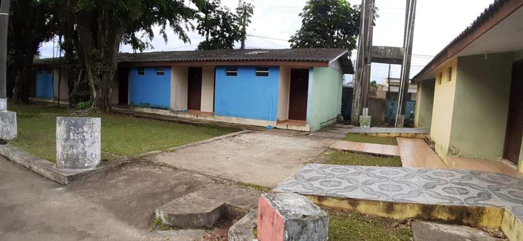 Prédio Comercial em Itanhaém, no bairro Jardim Italmar