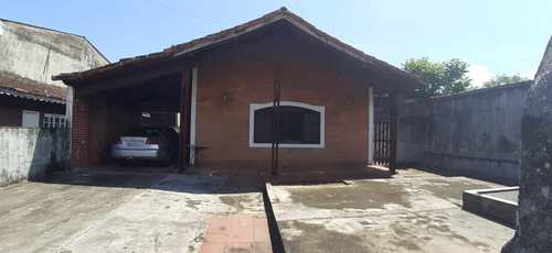 Casa, código 5590 em Itanhaém, bairro Baixio