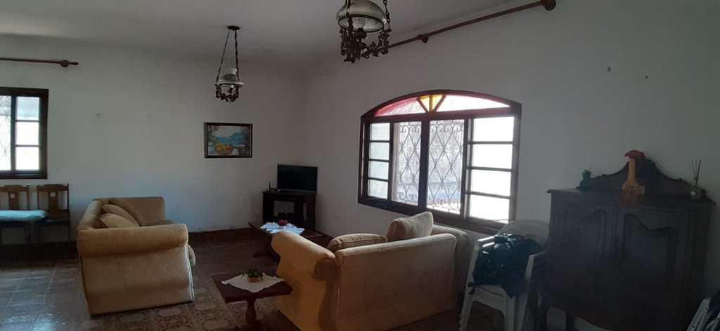 Casa em Itanhaém, no bairro Baixio