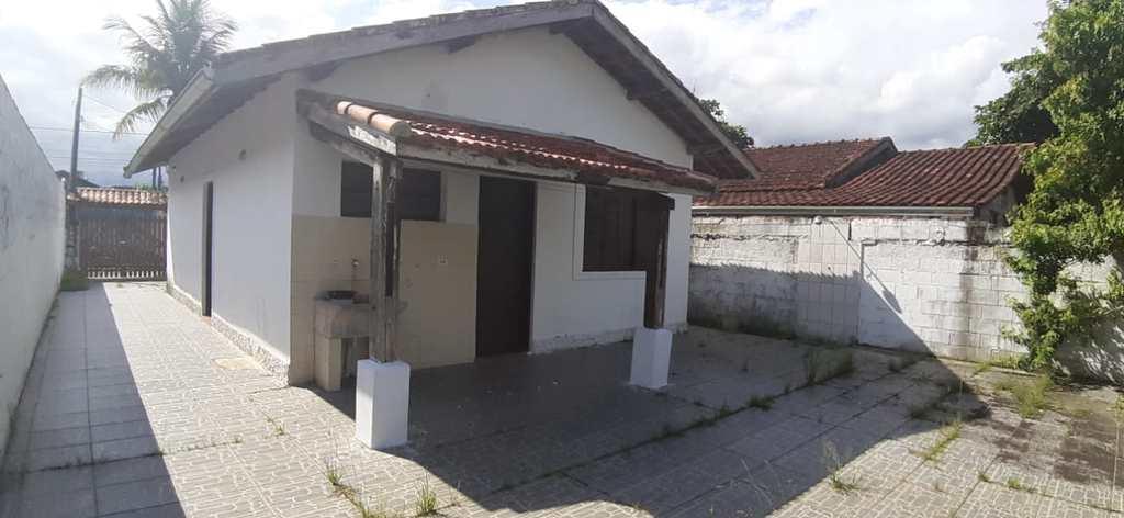 Casa em Itanhaém, no bairro Chácara das Tamaras
