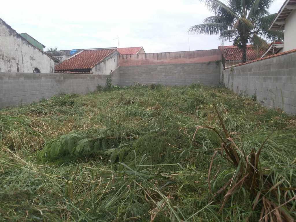 Terreno em Itanhaém, no bairro Balneário Califórnia