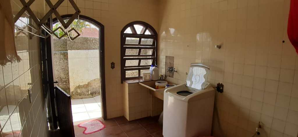 Casa em Itanhaém, no bairro Bopiranga