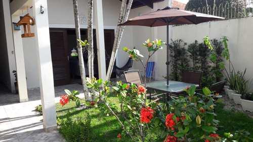 Casa, código 5667 em Itanhaém, bairro Satélite