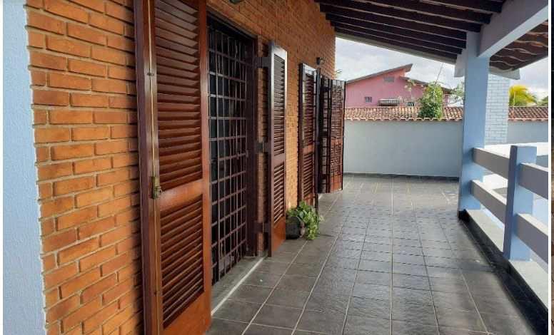 Sobrado em Itanhaém, no bairro Jardim Itapel