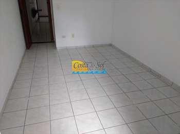 Apartamento, código 152092700 em Praia Grande, bairro Guilhermina