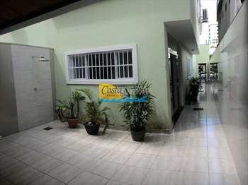 Casa, código 152091100 em Praia Grande, bairro Guilhermina