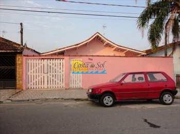 Casa, código 151915100 em Praia Grande, bairro Maracanã