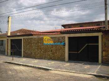 Casa, código 1354700 em Praia Grande, bairro Canto do Forte