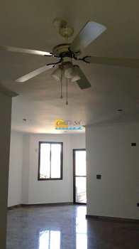 Apartamento, código 157 em Praia Grande, bairro Canto do Forte
