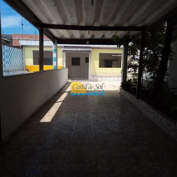 Casa em Praia Grande, bairro Vila São Jorge