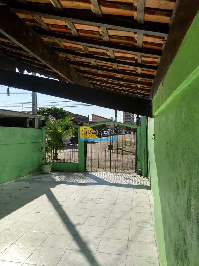 Casa em Praia Grande, no bairro Guilhermina