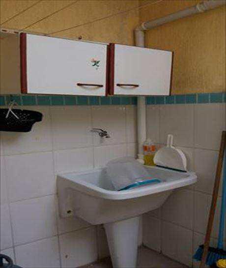 Sobrado de Condomínio em Mongaguá, no bairro Centro