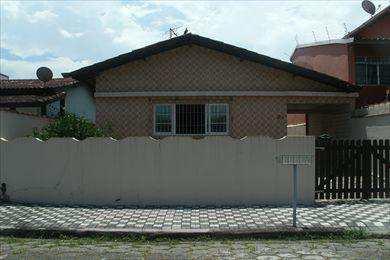 Casa, código 225000 em Mongaguá, bairro Vila Vera Cruz
