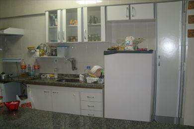 Apartamento, código 214000 em Mongaguá, bairro Vila Dinopolis