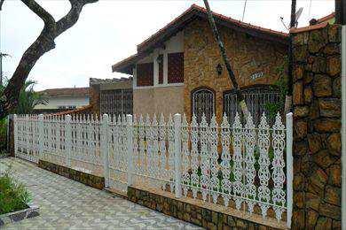 Casa em Praia Grande, bairro Vila Balneária