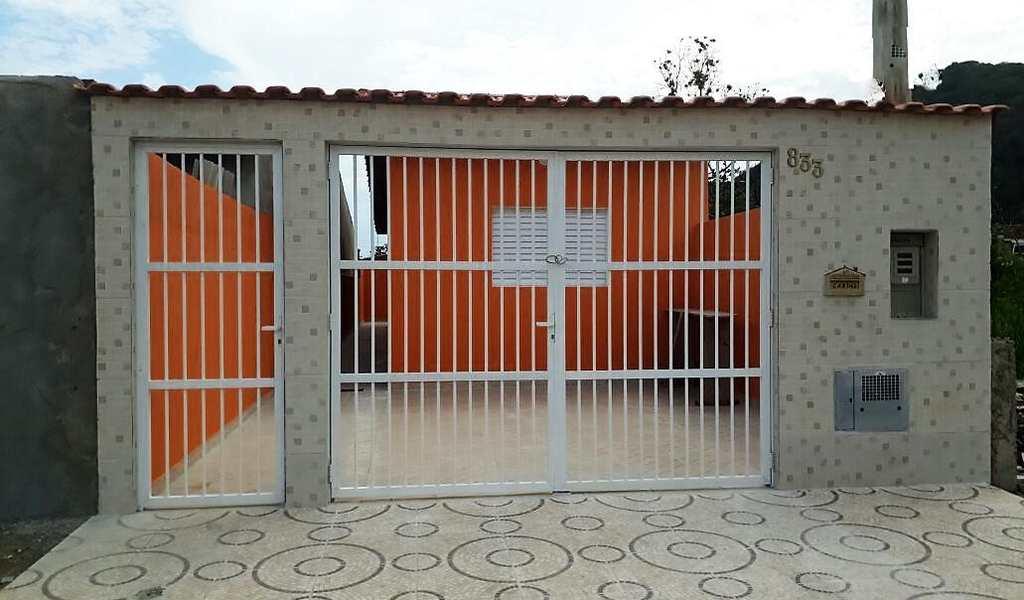Casa em Mongaguá, bairro Balneário Europa