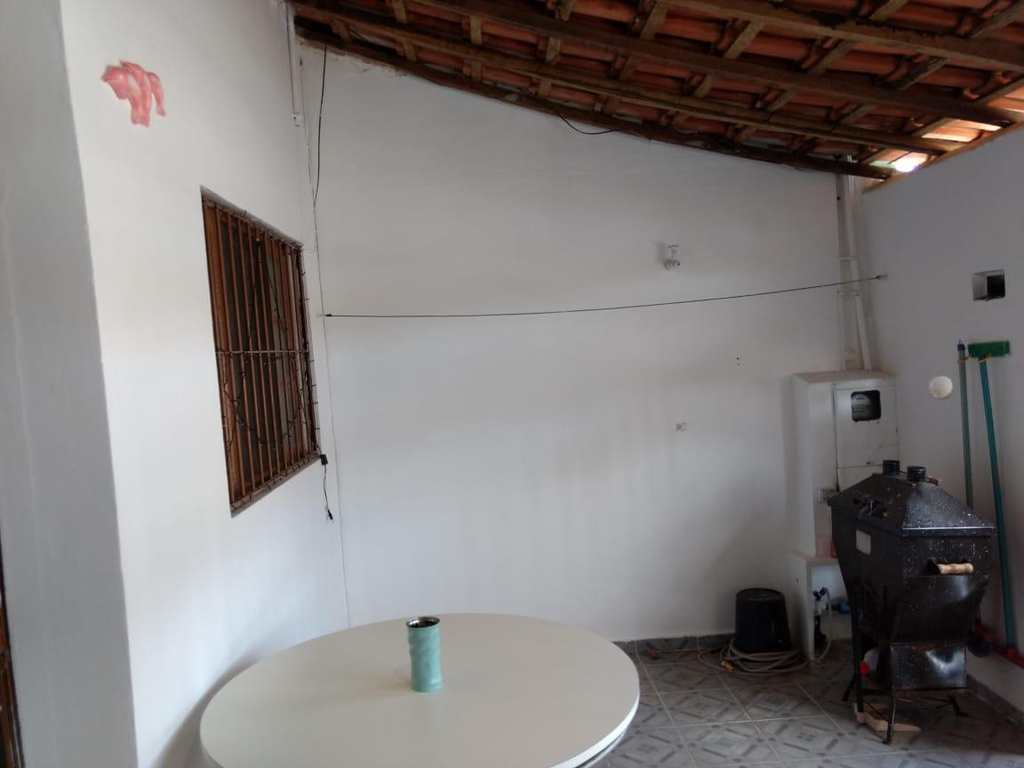 Casa em Mongaguá, no bairro Jardim Praia Grande