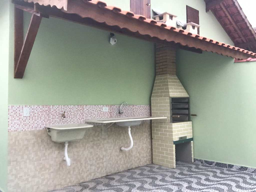 Casa em Mongaguá, no bairro Agenor