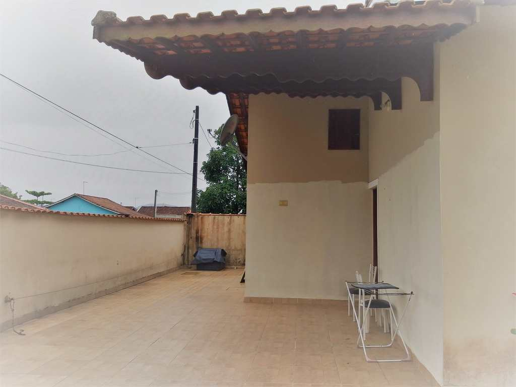 Casa em Mongaguá, no bairro Parque Novo Imigrantes