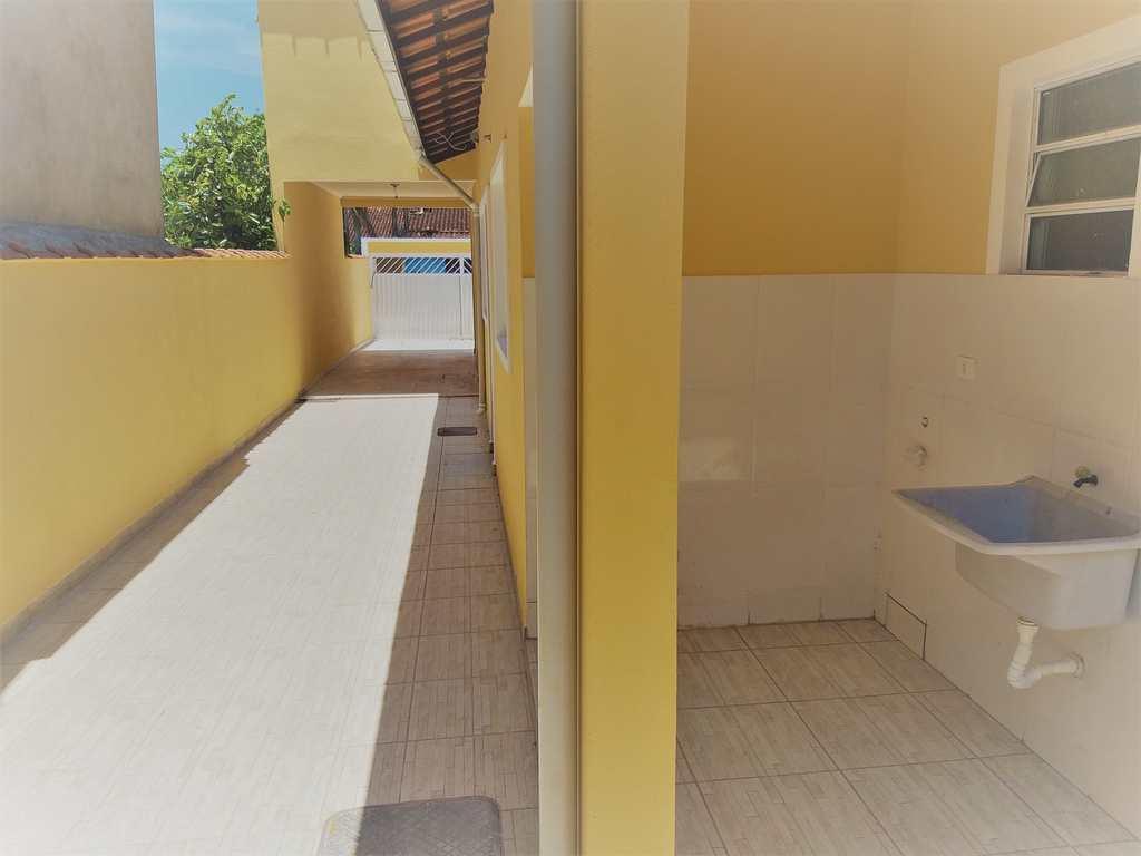 Casa em Mongaguá, no bairro Balneário Samas