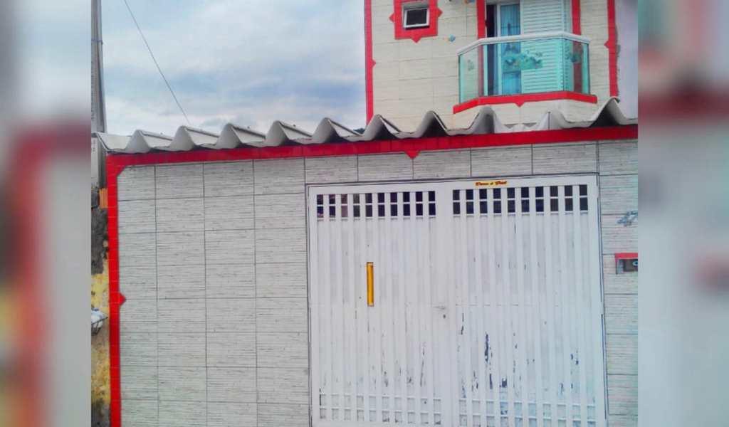 Sobrado em Mongaguá, bairro Vera Stella