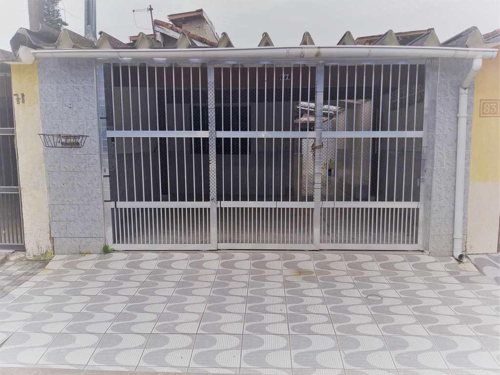 Casa em Mongaguá, no bairro Balneário Umuarama