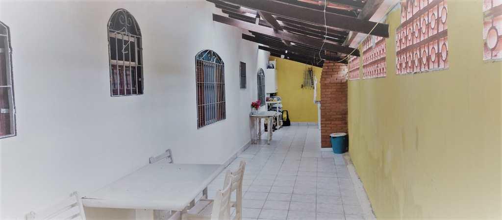 Casa em Mongaguá, no bairro Balneário Anchieta