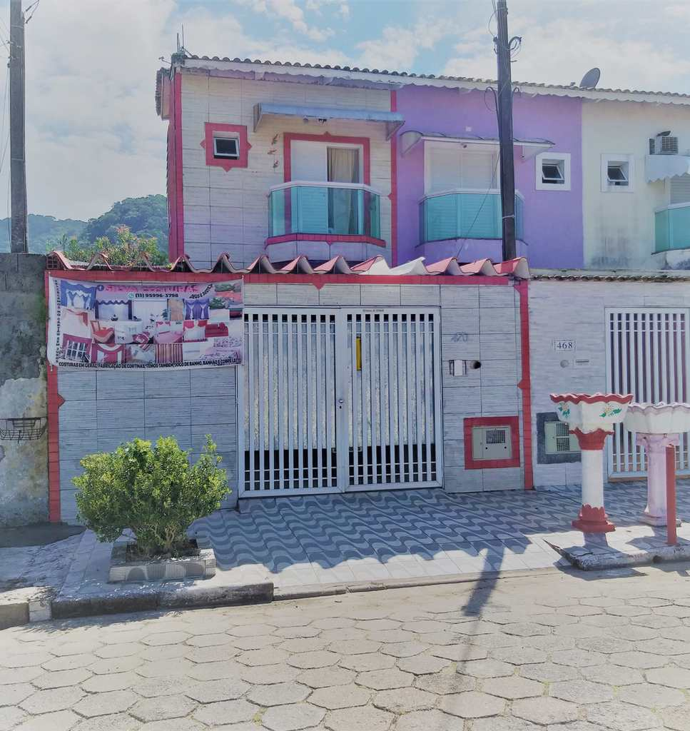 Sobrado em Mongaguá, no bairro Vera Stella