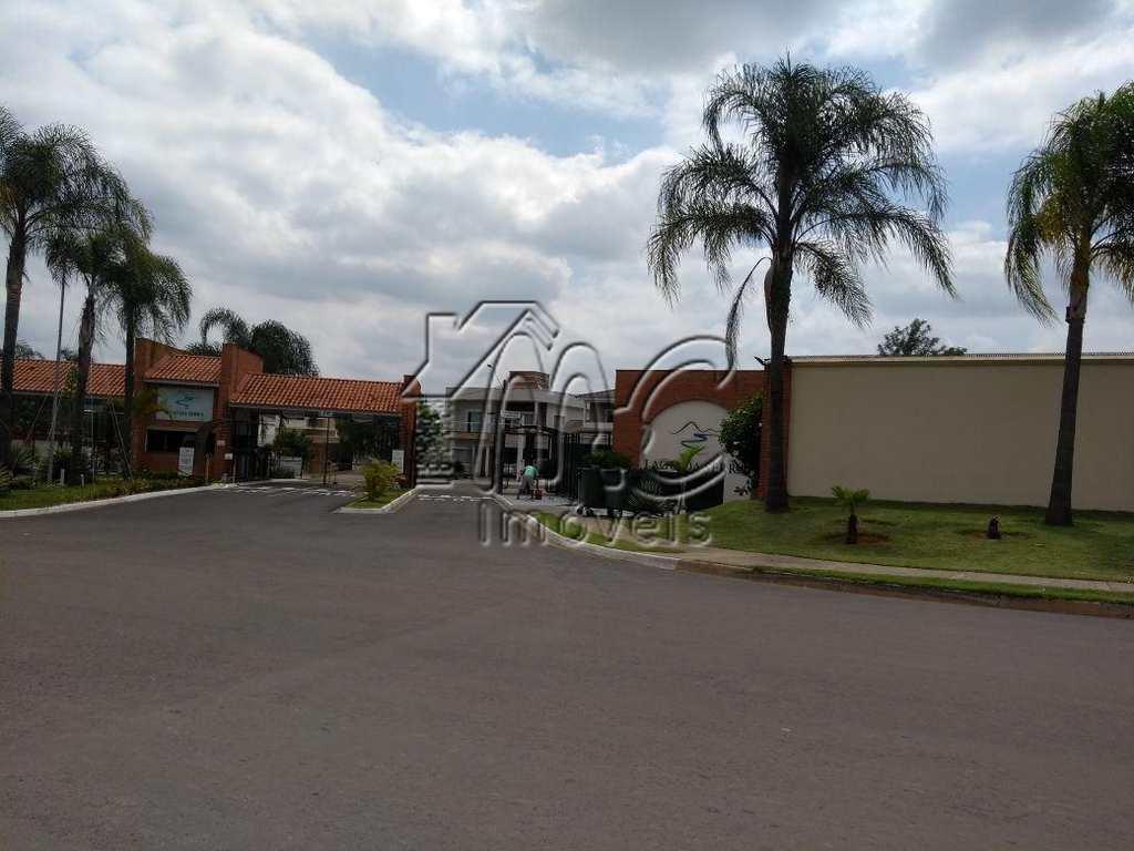 Condomínio em Araçoiaba da Serra, no bairro Centro