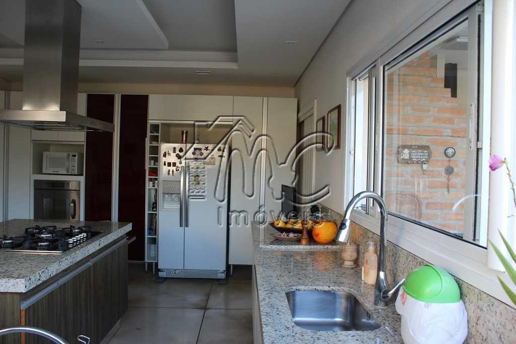 Sobrado de Condomínio em Araçoiaba da Serra, no bairro Centro