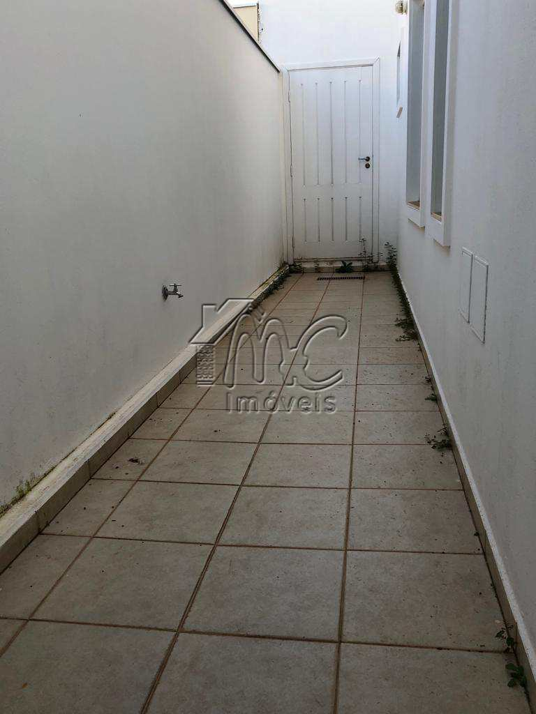 Sobrado de Condomínio em Sorocaba, no bairro Aparecidinha