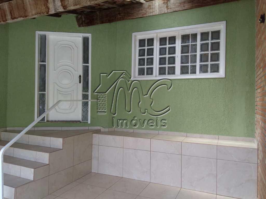 Casa em Sorocaba, no bairro Jardim Simus