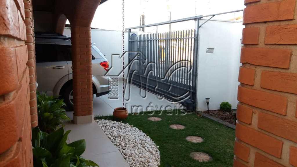 Casa em Sorocaba, no bairro Jardim Abaeté