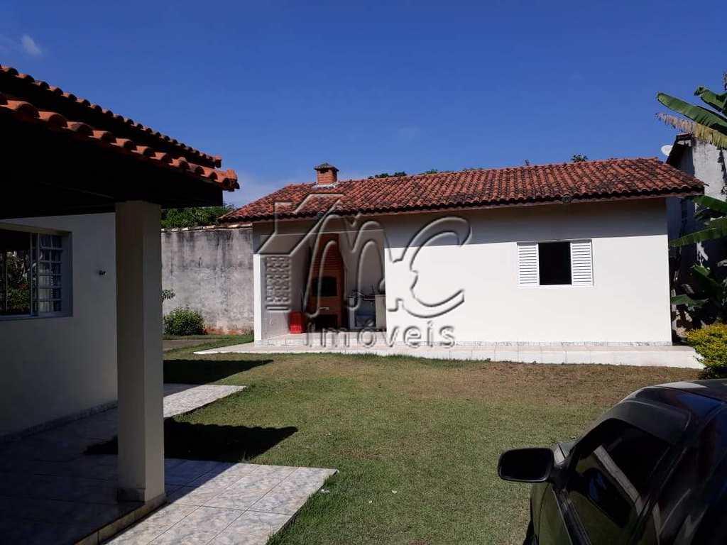 Chácara em Araçoiaba da Serra, no bairro Bosque dos Eucaliptos