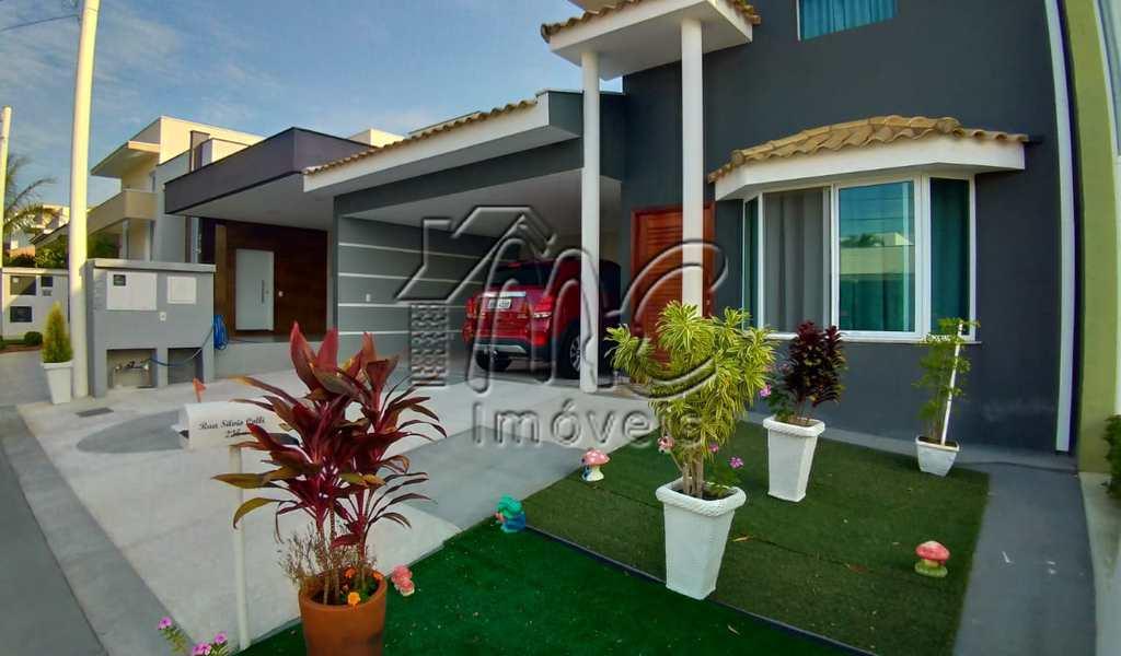 Casa de Condomínio em Sorocaba, bairro Iporanga
